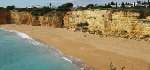 Strandspaziergang an der Algarve